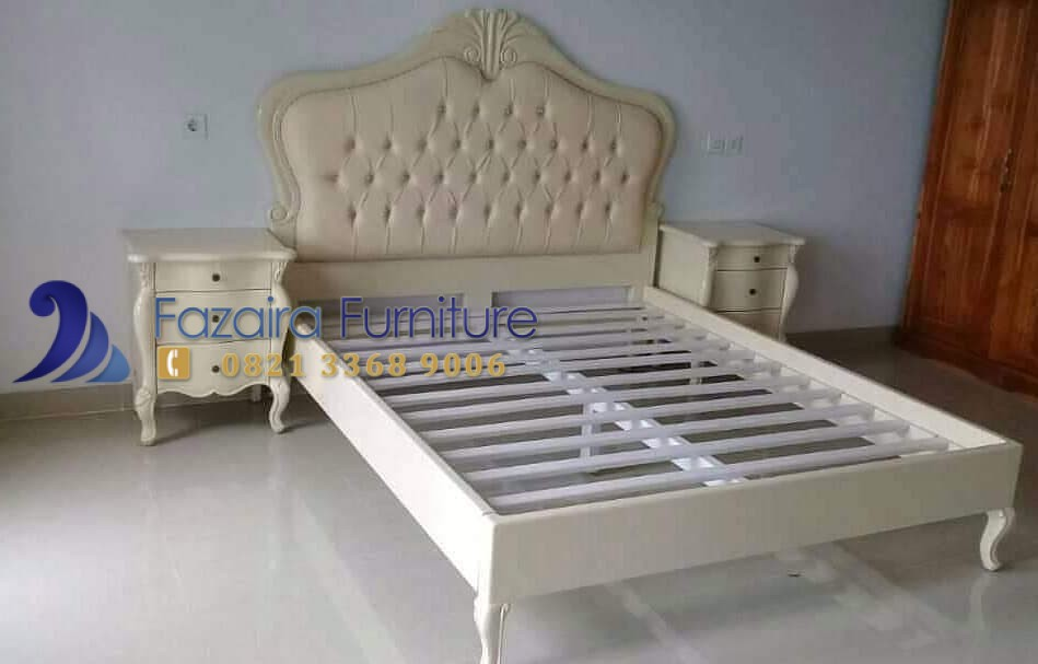 Kamar Set Warna Putih Citra